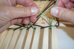 How to lock the four rod row